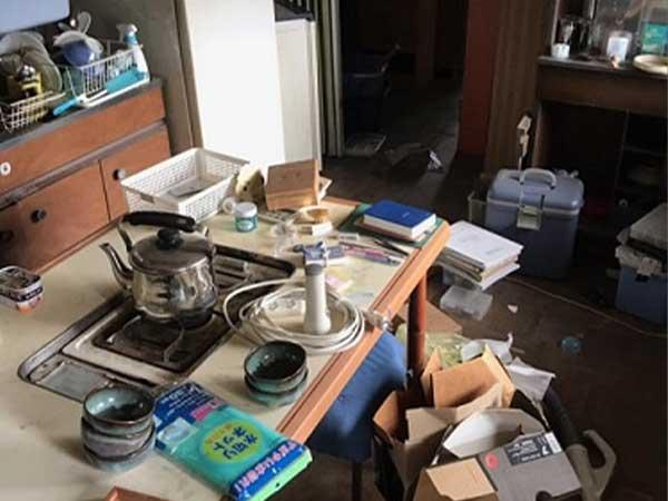 愛知県名古屋市の遺品整理 Y様の作業前1