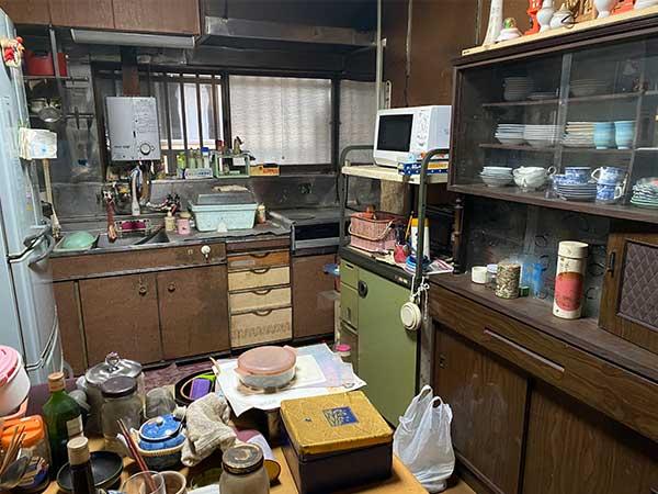 愛知県東海市の空き家遺品整理 I様の作業前1
