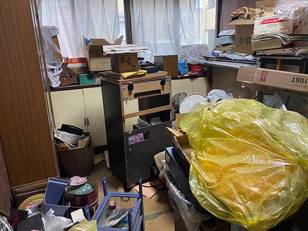 愛知県東海市の空き家遺品整理 I様の作業前2