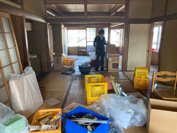愛知県一宮市の解体前遺品整理  F様の作業前2