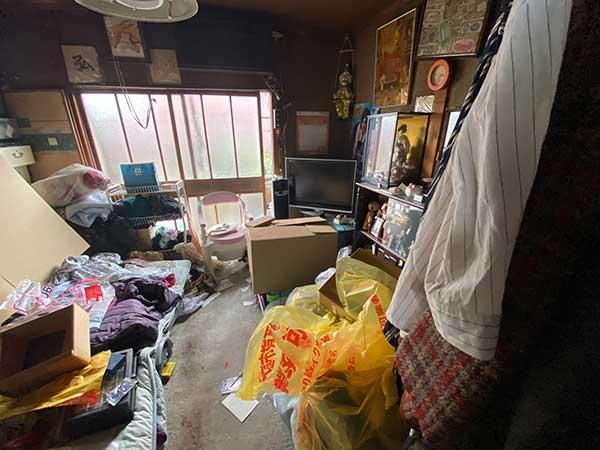 愛知県名古屋市の遺品整理  M様の作業前2